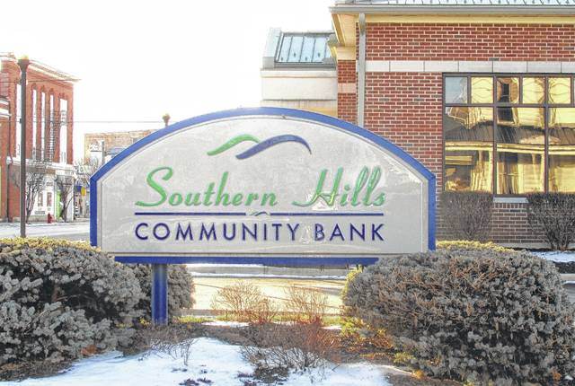 The combined bank will operate under Southern Hills Community Bank's name, with the main office located in Leesburg.