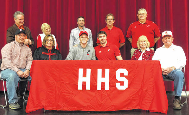 Pictured front row (l-r): Greg Goolsby, Laura Goolsby, Austin Goolsby, Sam Kranz, Lynn Neal and Galen Neal. Back row (l-r): Tim Koehl, Deb Koehl, Justin Tong, Rodger Marsh and Bud Marsh.
