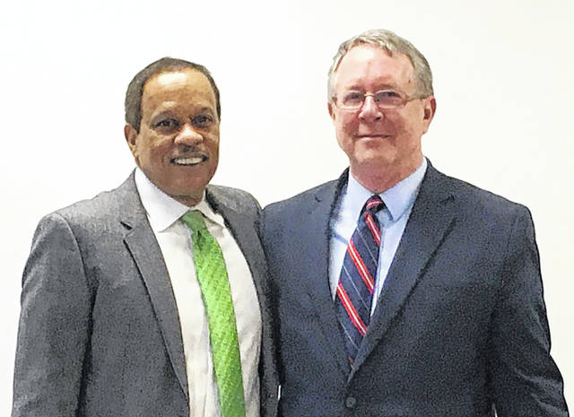 Gary Abernathy and Juan Williams are shown following a part of the program at the Georgetown Day School in Washington D.C. on Thursday.