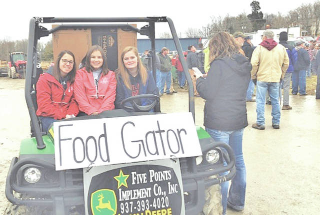 Pictured, from left, are Jordan Williamson, Kirsten Harp and Kennedi Claycomb.